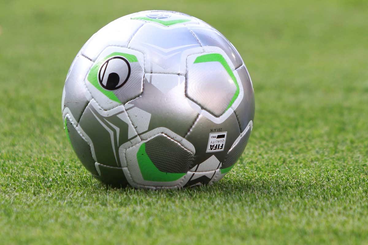4 matches amicaux pr vus pour les u19 du rc lens - Rc lens coupe de la ligue ...
